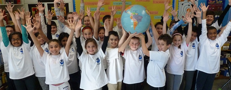 <strong>Student stewards. </strong> The NOAA Climate Stewards Education Project provides educators working with elementary through university age students tools to build an actively engaged climate-literate public. Courtesy NOAA.