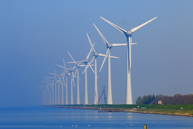 <strong>Good vibrations.</strong> Wind turbines are one example of a multi-physics problem, involving wind, vibration, and sound.