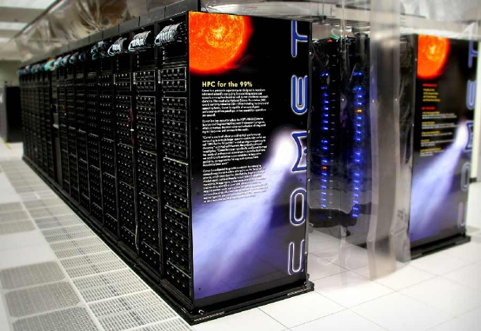 <strong> Super sleuth. </strong>Supercomputers like Comet help scientists separate red herrings from case-breaking clues in the raw data currently flooding research labs around the world. Courtesy John Lou, SDSC.