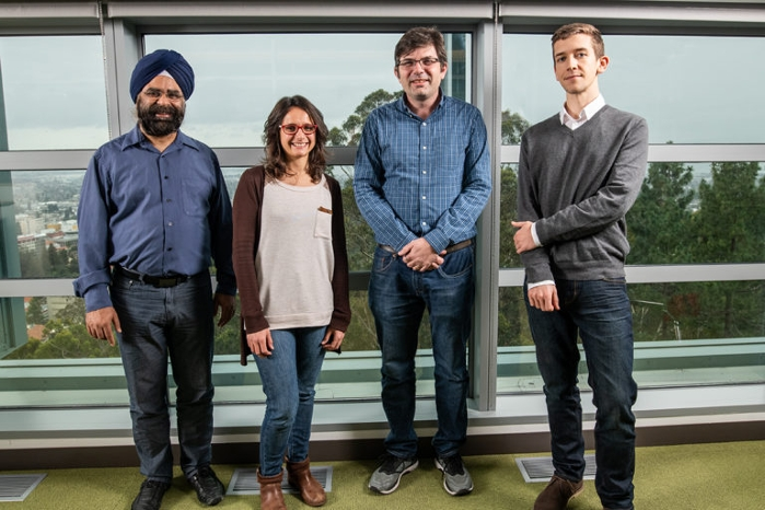 <strong>The research team</strong>  led by Jonathan Ajo-Franklin of Berkeley Lab's Earth and Environmental Sciences Area (EESA). L-R: Inder Monga (ESnet), Verónica Rodríguez Tribaldos (EESA), Jonathan Ajo-Franklin, and Nate Lindsey (EESA). Courtesy Paul Mueller/Berkeley Lab.