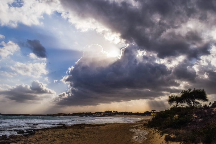 <strong>Introducing saltwater to clouds</strong> in coastal areas could help reflect sunlight, thereby reducing temperatures and helping to offset global warming.