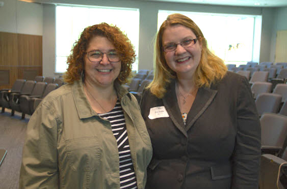 <strong>Women supporting each other.</strong> Melyssa Fratkin (l), industry programs director at TACC with Toni Collis (r), founder of Women in HPC.