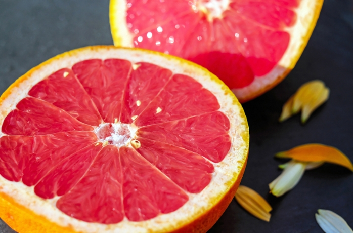 <strong>When you sniff a grapefruit,</strong> olfactory cells in your nose send signals to your brain that let you recognize the smell and identify it. Could a computer chip learn to do the same?